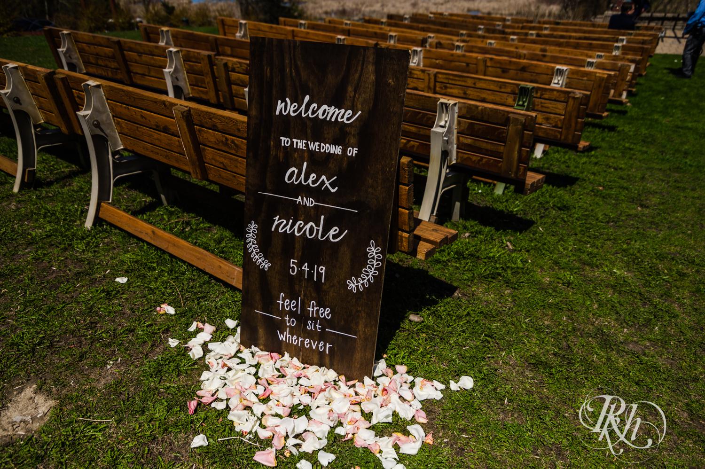 Nicole and Alex - Minnesota Wedding Photography - Minnesota Horse and Hunt Club - RKH Images - Blog  (6 of 54).jpg