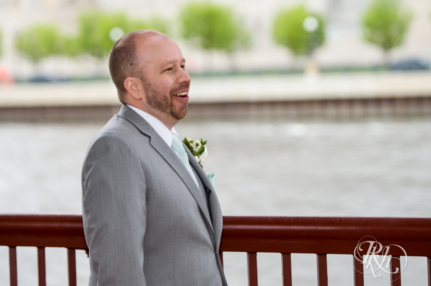 Shannon and Brian - Minnesota Wedding Photography - Raspberry Island - Minnesota Boat Club - RKH Images - Blog  (16 of 60).jpg