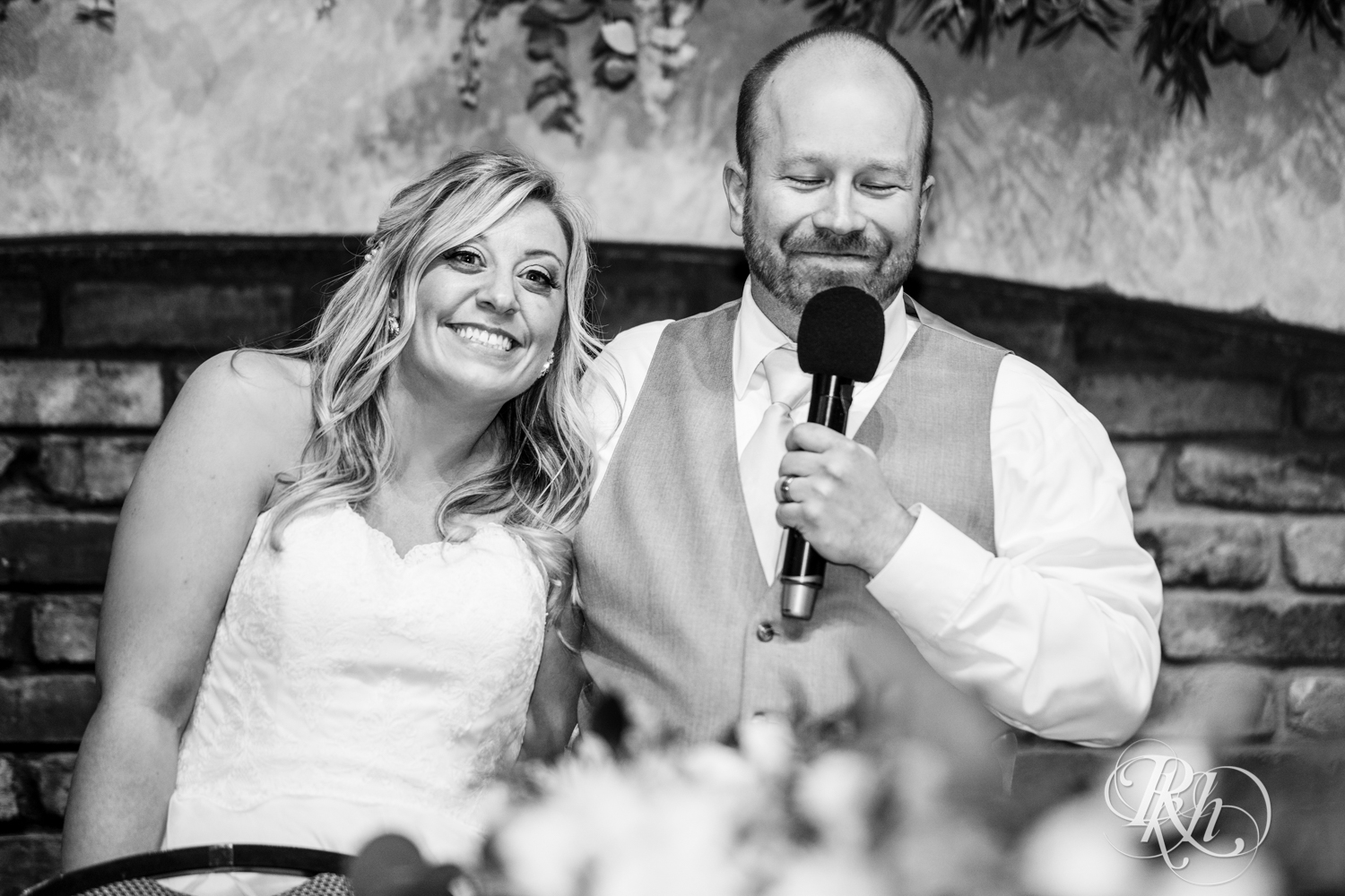 Shannon and Brian - Minnesota Wedding Photography - Raspberry Island - Minnesota Boat Club - RKH Images - Blog  (56 of 60).jpg