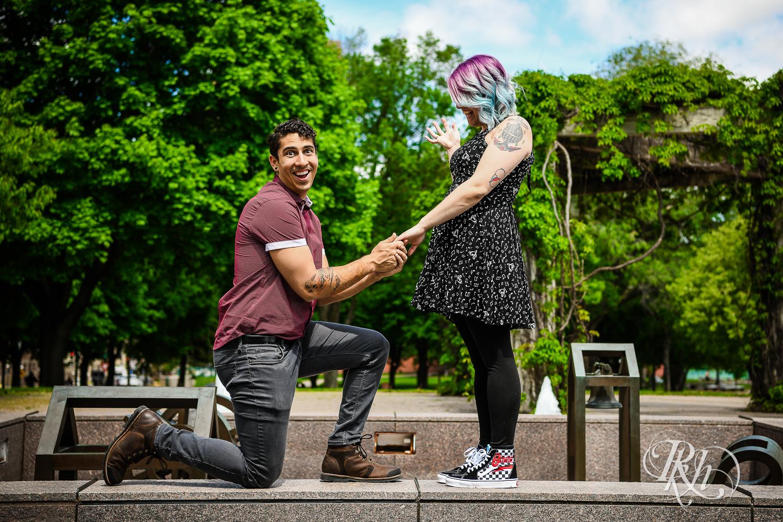 Ann & Andrew - Minnesota Engagement Photography - Saint Paul - RKH Images - Blog (7 of 14).jpg