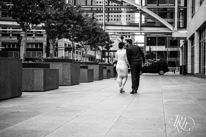 Lee & Kyle - Minnesota Wedding Photography - Minneapolis Historic Courthouse - RKH Images -    Blog (8 of 32).jpg