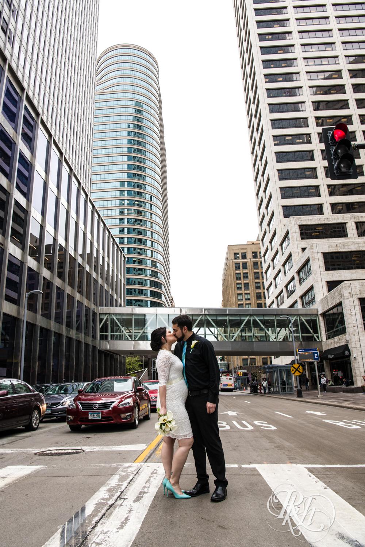 Lee & Kyle - Minnesota Wedding Photography - Minneapolis Historic Courthouse - RKH Images -    Blog (10 of 32).jpg