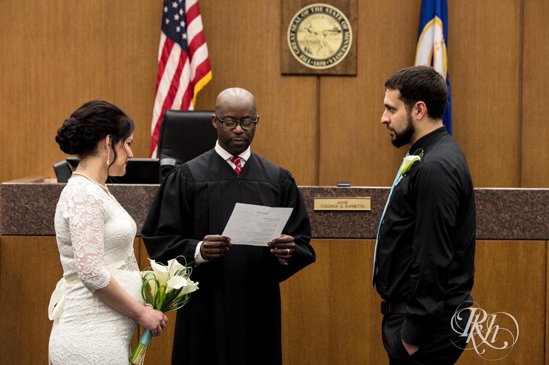 Lee & Kyle - Minnesota Wedding Photography - Minneapolis Historic Courthouse - RKH Images -    Blog (19 of 32).jpg