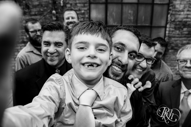 Lee & Kyle - Minnesota Wedding Photography - Minneapolis Historic Courthouse - RKH Images -    Blog (23 of 32).jpg