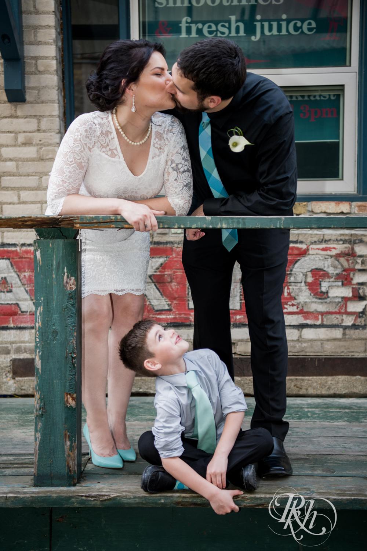Lee & Kyle - Minnesota Wedding Photography - Minneapolis Historic Courthouse - RKH Images -    Blog (26 of 32).jpg