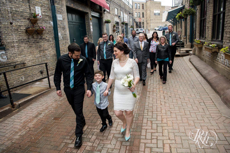 Lee & Kyle - Minnesota Wedding Photography - Minneapolis Historic Courthouse - RKH Images -    Blog (27 of 32).jpg