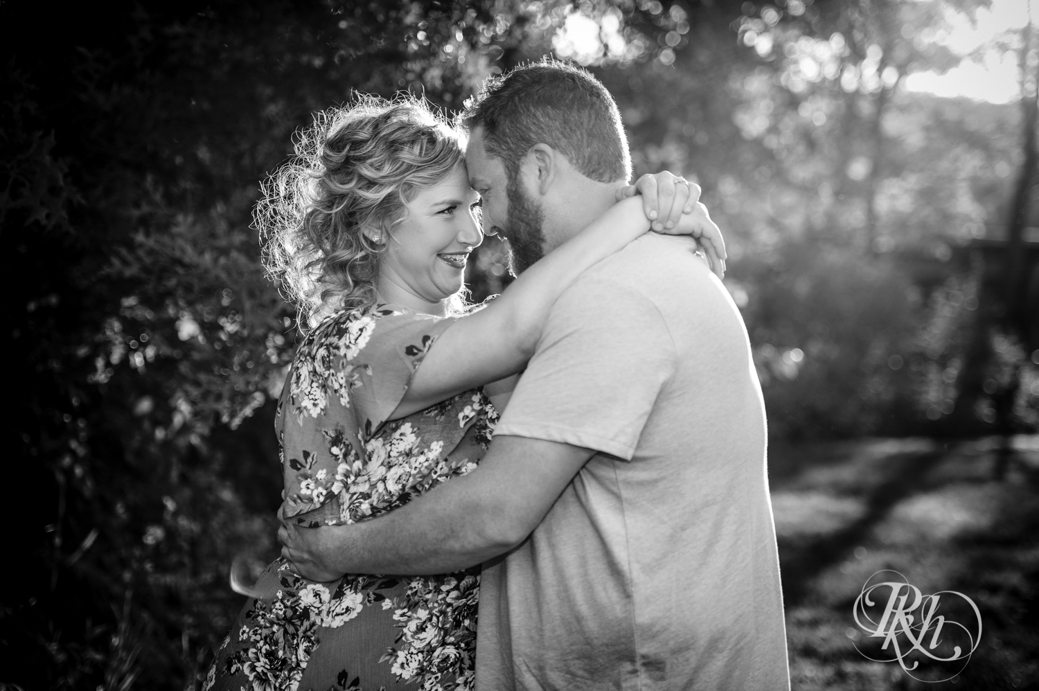 Constance & Josh - Minnesota Engagement Photography - Lebanon Hills Regional Park - RKH Images - Blog (2 of 18).jpg