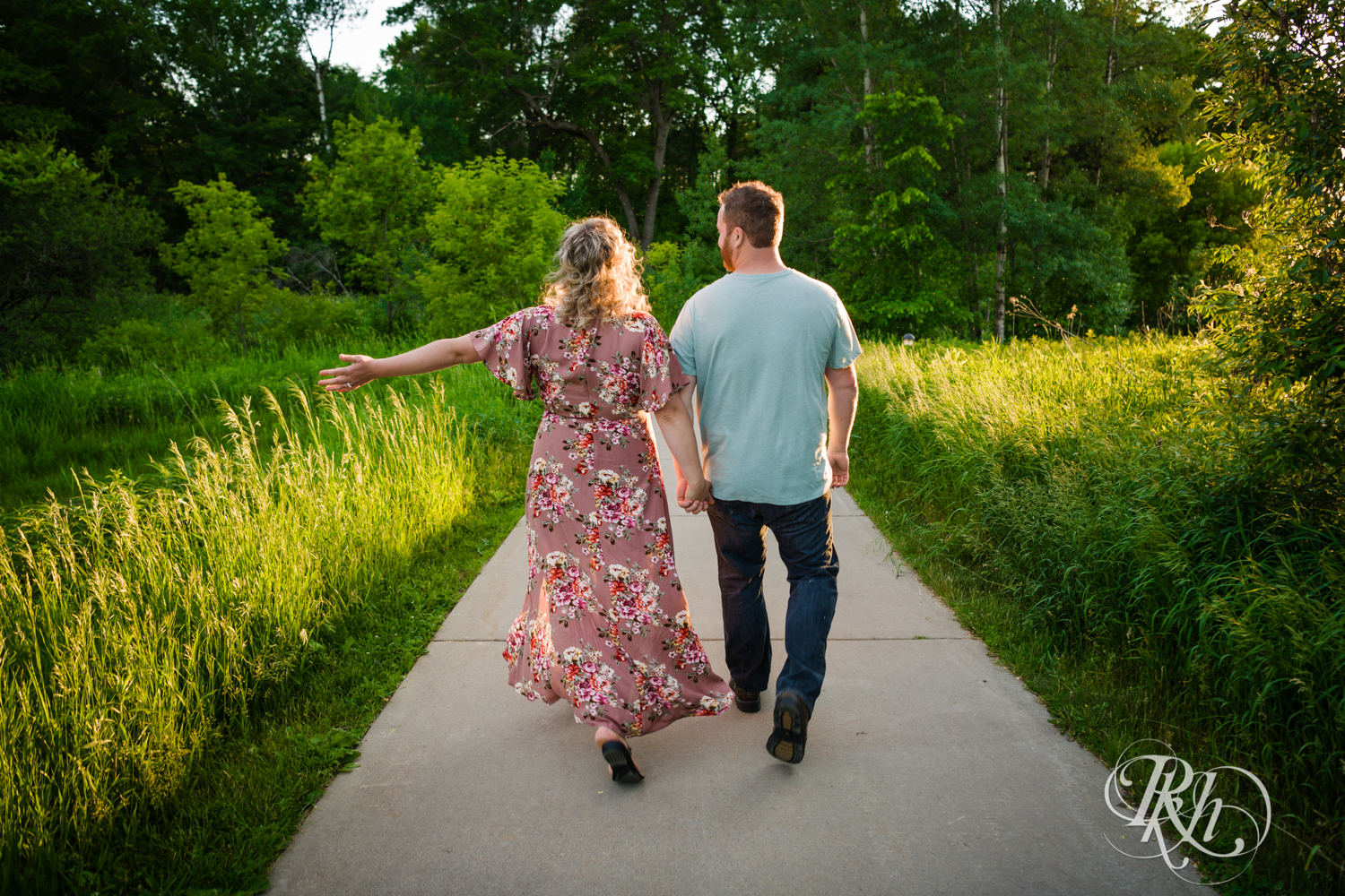 Constance & Josh - Minnesota Engagement Photography - Lebanon Hills Regional Park - RKH Images - Blog (8 of 18).jpg