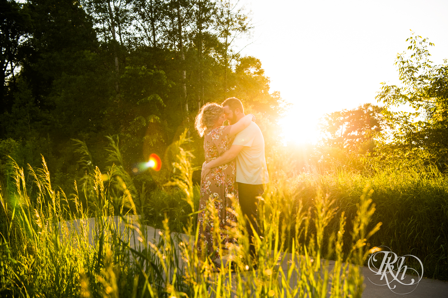 Constance & Josh - Minnesota Engagement Photography - Lebanon Hills Regional Park - RKH Images - Blog (11 of 18).jpg