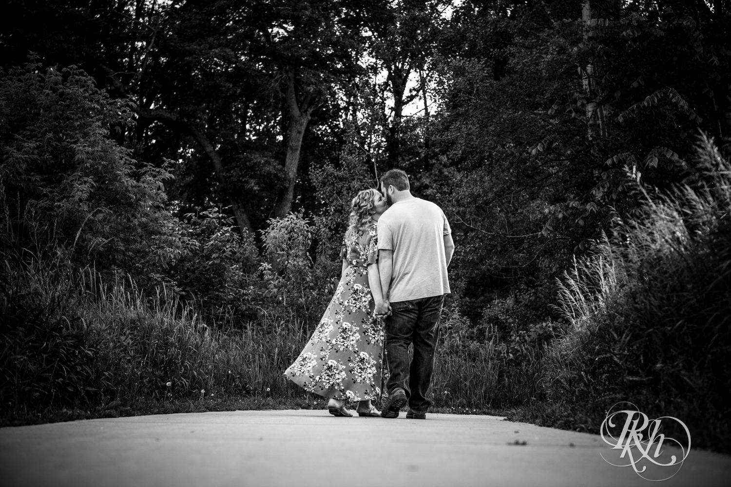 Constance & Josh - Minnesota Engagement Photography - Lebanon Hills Regional Park - RKH Images - Blog (12 of 18).jpg