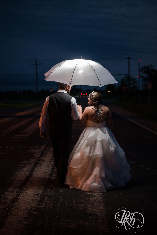 Lea & Robert - Memories Ballroom - Port Washington - Wisconsin Wedding Photography - RKH Images - Blog (44 of 45).jpg