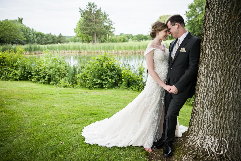 Lauren & Jake - Minnesota Wedding Photography - Oak Glen Golf Course - RKH Images  (16 of 50).jpg
