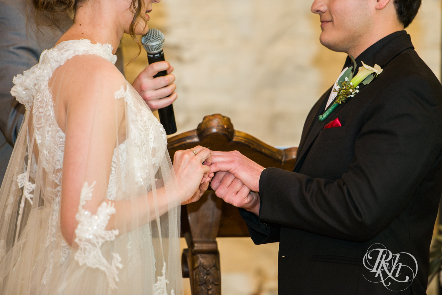 Katie and Brian - Minnesota Wedding Photography - Kellerman's Event Center - RKH Images - Blog  (37 of 58).jpg