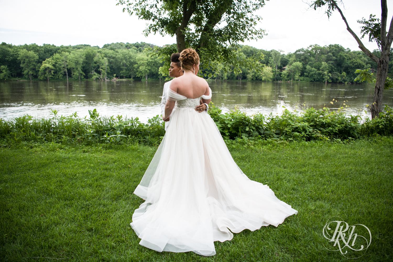 Kasey & Monique - Minnesota Wedding Photography - Leopold's Mississippi Gardens - RKH Images - Blog (33 of 77).jpg