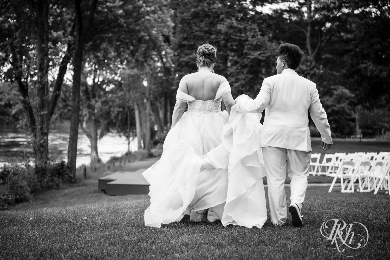 Kasey & Monique - Minnesota Wedding Photography - Leopold's Mississippi Gardens - RKH Images - Blog (36 of 77).jpg