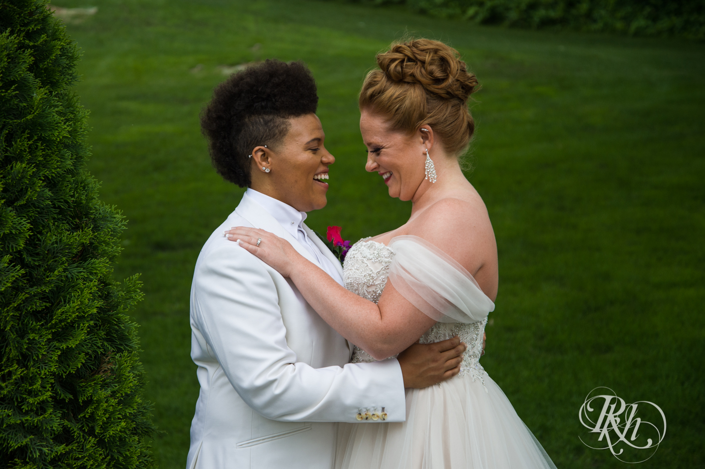 Kasey & Monique - Minnesota Wedding Photography - Leopold's Mississippi Gardens - RKH Images - Blog (38 of 77).jpg
