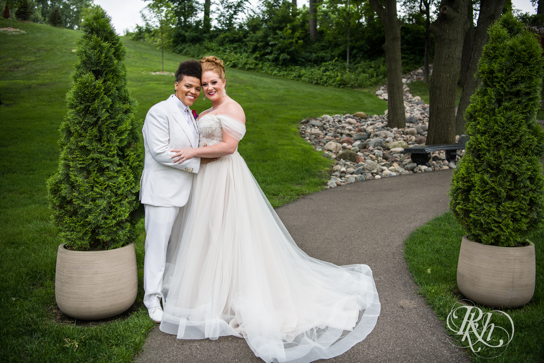 Kasey & Monique - Minnesota Wedding Photography - Leopold's Mississippi Gardens - RKH Images - Blog (39 of 77).jpg