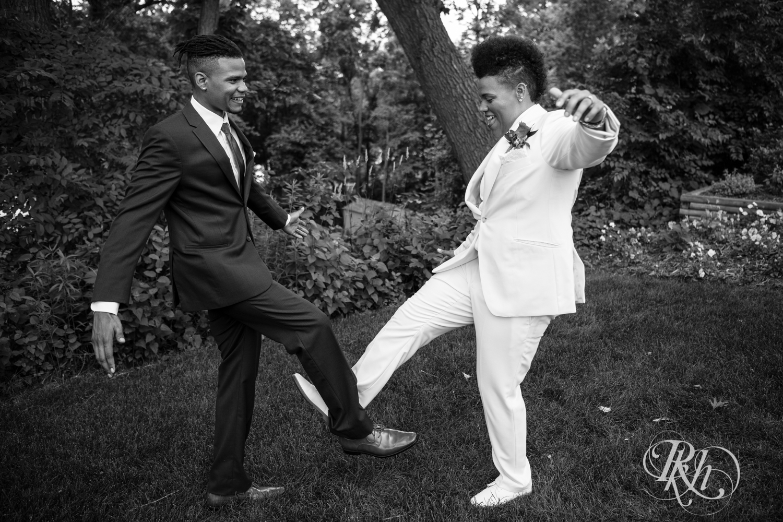 Kasey & Monique - Minnesota Wedding Photography - Leopold's Mississippi Gardens - RKH Images - Blog (56 of 77).jpg