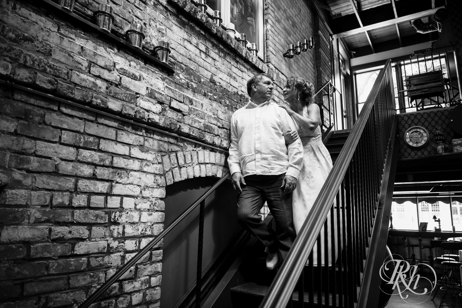 Heidi & Russ - Minnesota Wedding Photography - Kellerman's Event Center - RKH Images - Blog (26 of 47).jpg