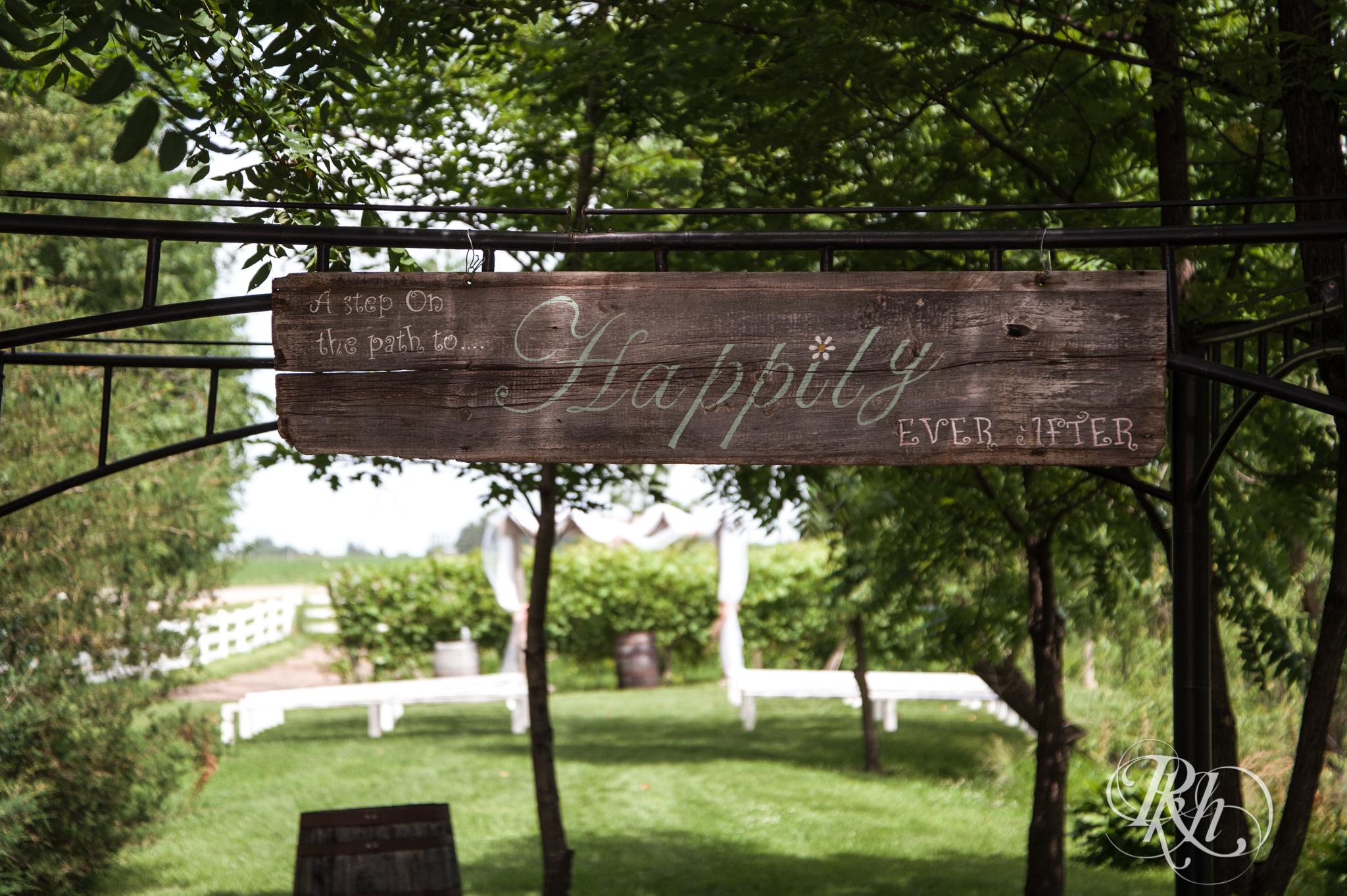 Ally & Nick - Minnesota Wedding Photography - Next Chapter Winery - RKH Images - Blog (1 of 57).jpg