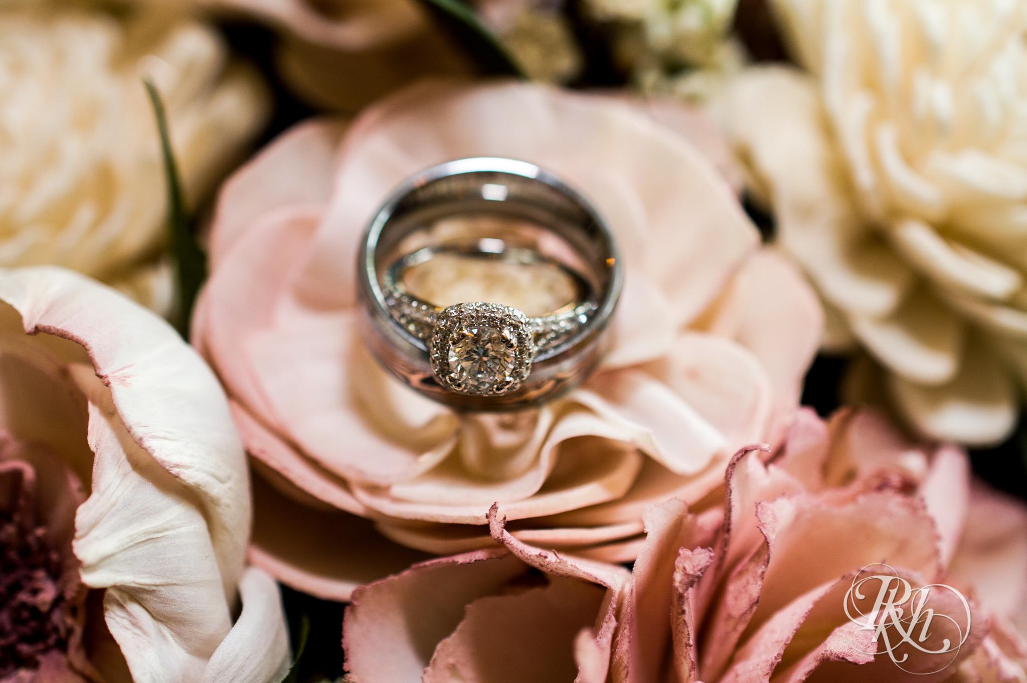 Ally & Nick - Minnesota Wedding Photography - Next Chapter Winery - RKH Images - Blog (10 of 57).jpg