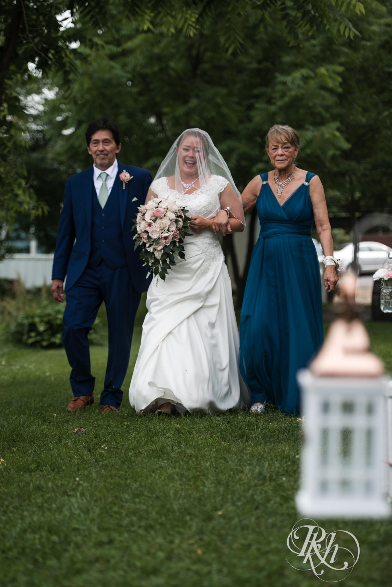Ally & Nick - Minnesota Wedding Photography - Next Chapter Winery - RKH Images - Blog (14 of 57).jpg