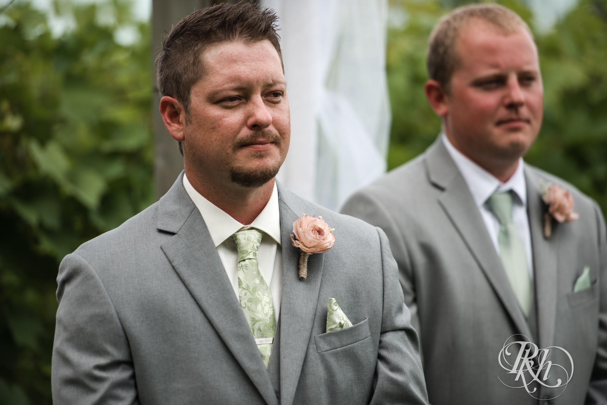 Ally & Nick - Minnesota Wedding Photography - Next Chapter Winery - RKH Images - Blog (15 of 57).jpg