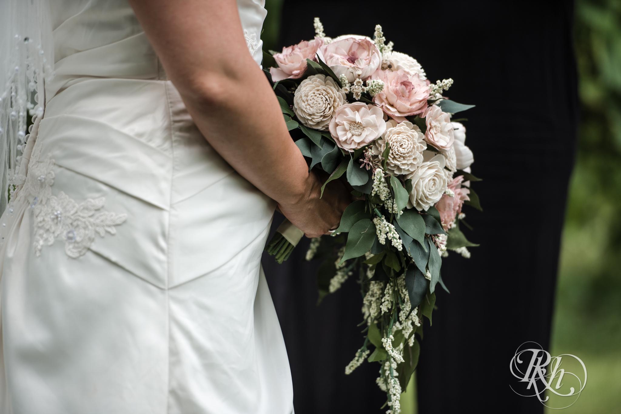 Ally & Nick - Minnesota Wedding Photography - Next Chapter Winery - RKH Images - Blog (21 of 57).jpg