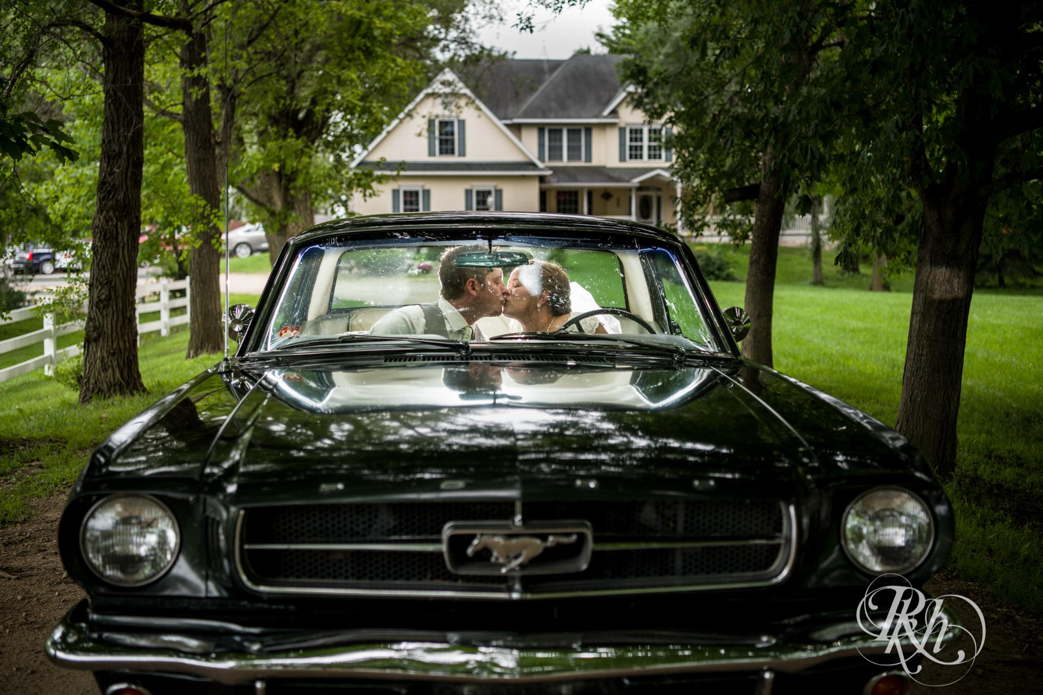 Ally & Nick - Minnesota Wedding Photography - Next Chapter Winery - RKH Images - Blog (34 of 57).jpg
