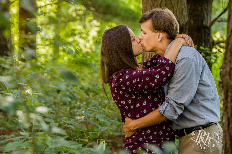 Rachel and Ryan - Minnesota Engagement Photography - Lebanon Hills Regional Park - RKH Images  (8 of 19).jpg
