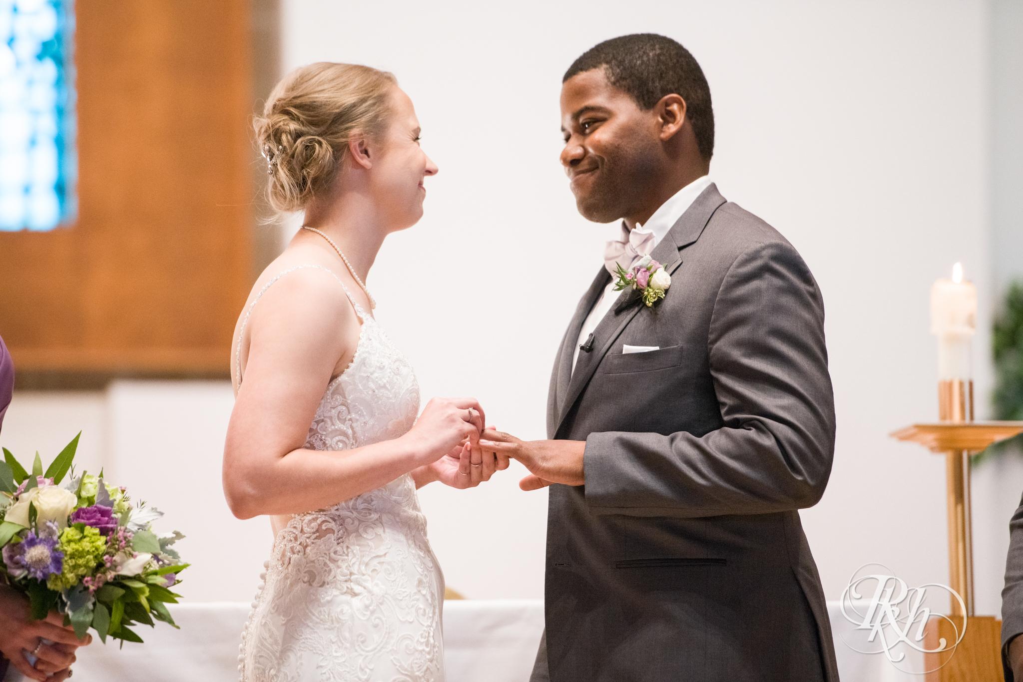 Laura and Adekunle - Minnesota Wedding Photographer - Minnesota History Center - RKH Images - Blog (20 of 75).jpg