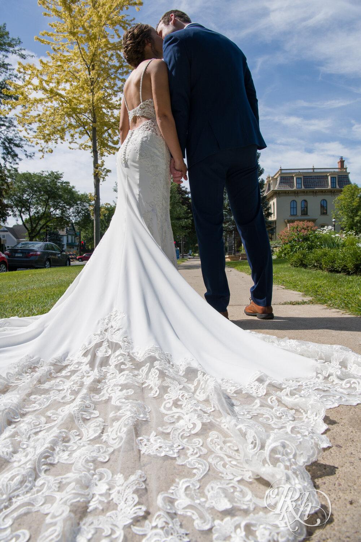 Makayla & Drew - Minnesota Wedding Photography - Country Inn Mankato - RKH Images - Blog (36 of 88).jpg