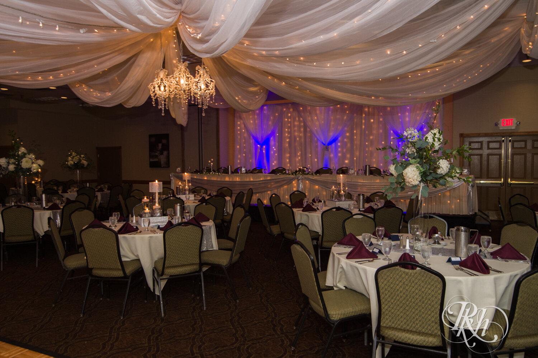 Makayla & Drew - Minnesota Wedding Photography - Country Inn Mankato - RKH Images - Blog (57 of 88).jpg