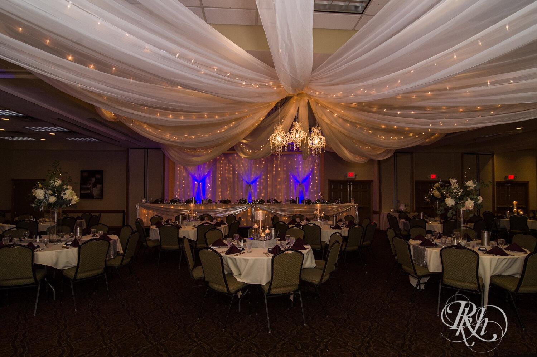 Makayla & Drew - Minnesota Wedding Photography - Country Inn Mankato - RKH Images - Blog (58 of 88).jpg