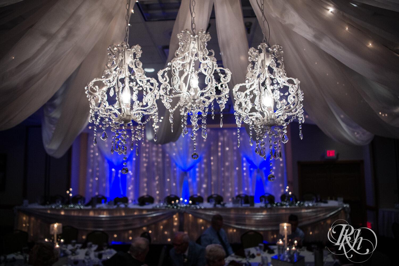 Makayla & Drew - Minnesota Wedding Photography - Country Inn Mankato - RKH Images - Blog (62 of 88).jpg