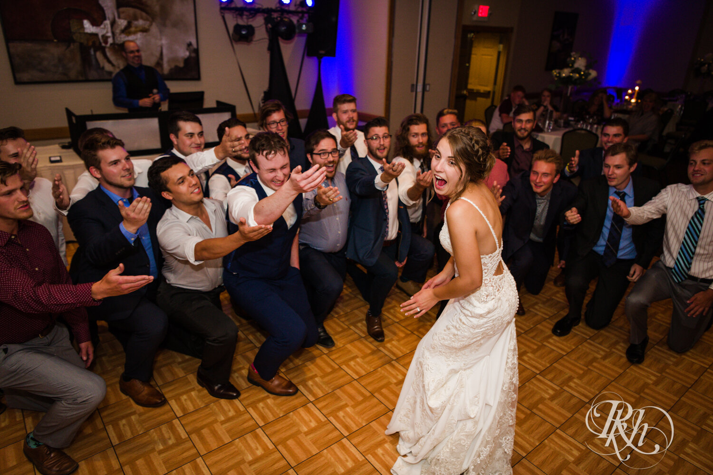 Makayla & Drew - Minnesota Wedding Photography - Country Inn Mankato - RKH Images - Blog (78 of 88).jpg