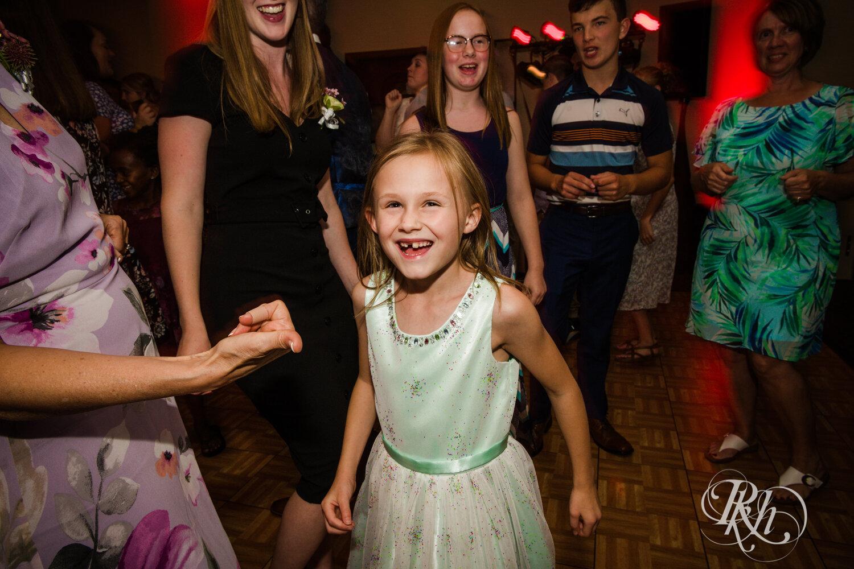 Makayla & Drew - Minnesota Wedding Photography - Country Inn Mankato - RKH Images - Blog (83 of 88).jpg