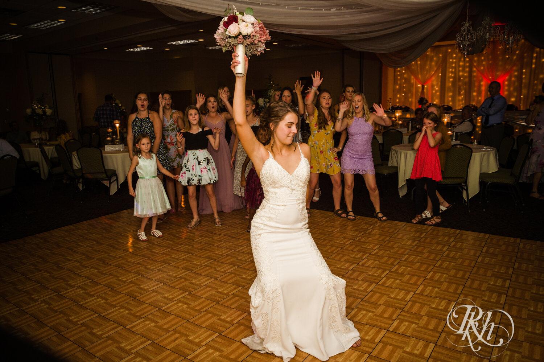 Makayla & Drew - Minnesota Wedding Photography - Country Inn Mankato - RKH Images - Blog (86 of 88).jpg