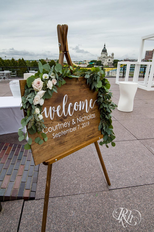 Courtney & Nick - Minnesota Wedding Photography - Walker Art Center - RKH Images - Blog (4 of 58).jpg
