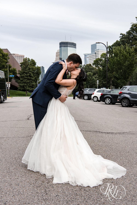 Courtney & Nick - Minnesota Wedding Photography - Walker Art Center - RKH Images - Blog (24 of 58).jpg
