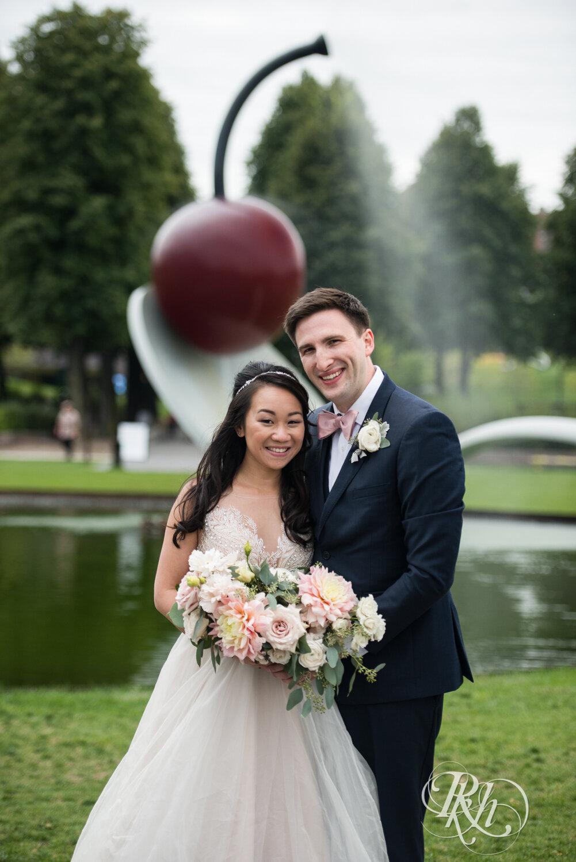 Courtney & Nick - Minnesota Wedding Photography - Walker Art Center - RKH Images - Blog (27 of 58).jpg