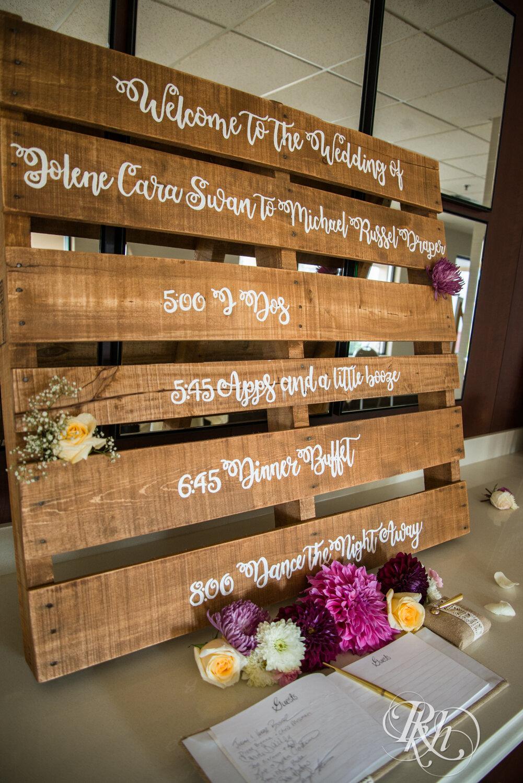 Jolene and Mike - Minnesota Wedding Photography - Lakeville Holiday Inn - RKH Images - Blog (1 of 50).jpg