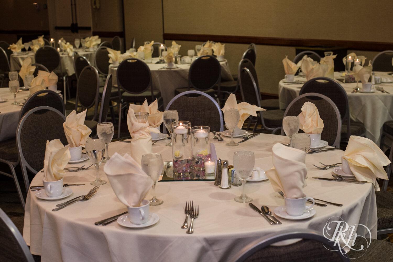 Jolene and Mike - Minnesota Wedding Photography - Lakeville Holiday Inn - RKH Images - Blog (6 of 50).jpg