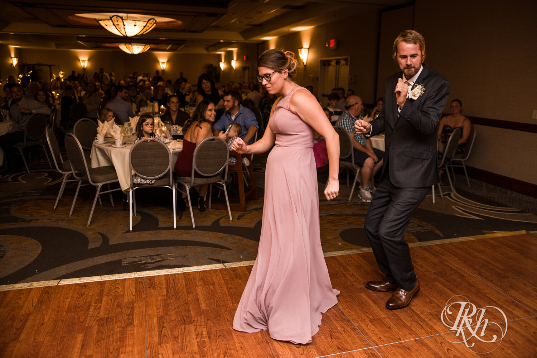 Jolene and Mike - Minnesota Wedding Photography - Lakeville Holiday Inn - RKH Images - Blog (41 of 50).jpg