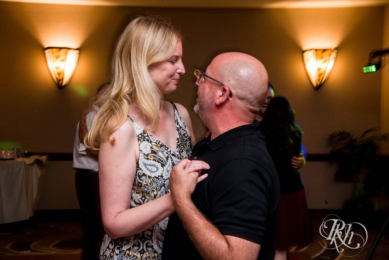 Jolene and Mike - Minnesota Wedding Photography - Lakeville Holiday Inn - RKH Images - Blog (47 of 50).jpg