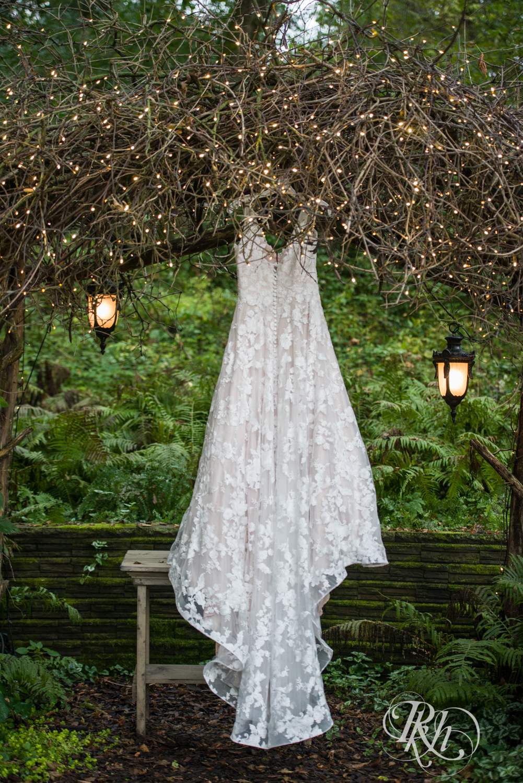 Bri & Wyatt - Minnesota Wedding Photography - Camrose Hill Flower Farm - Stillwater - RKH Images  (12 of 92).jpg