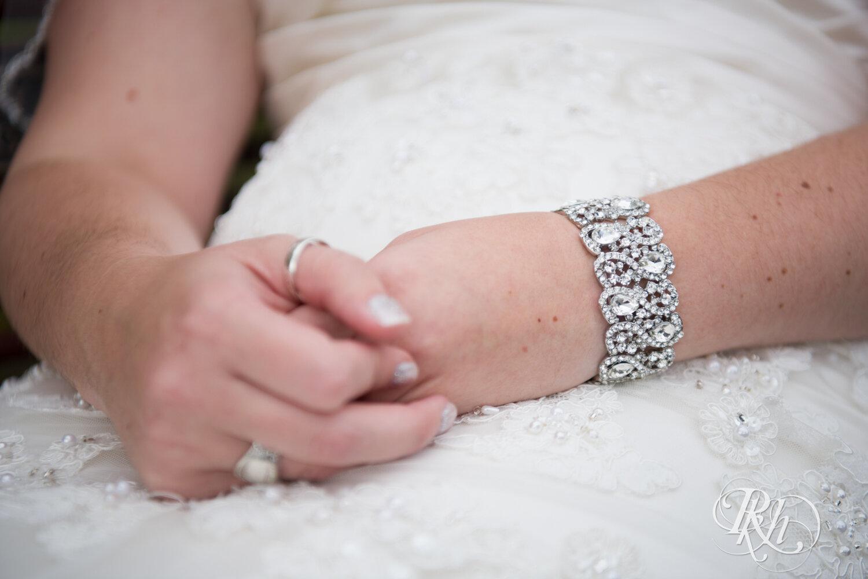 Erin & Tim - Minnesota Wedding Photography - Eagan Community Center - Eagan - RKH Images - Blog (20 of 62).jpg