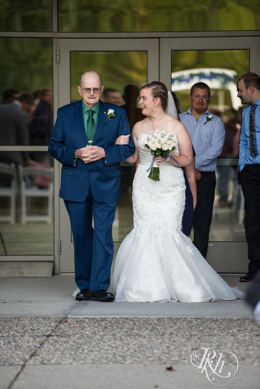 Erin & Tim - Minnesota Wedding Photography - Eagan Community Center - Eagan - RKH Images - Blog (31 of 62).jpg