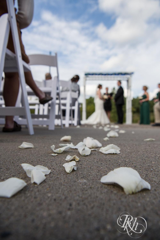 Erin & Tim - Minnesota Wedding Photography - Eagan Community Center - Eagan - RKH Images - Blog (34 of 62).jpg