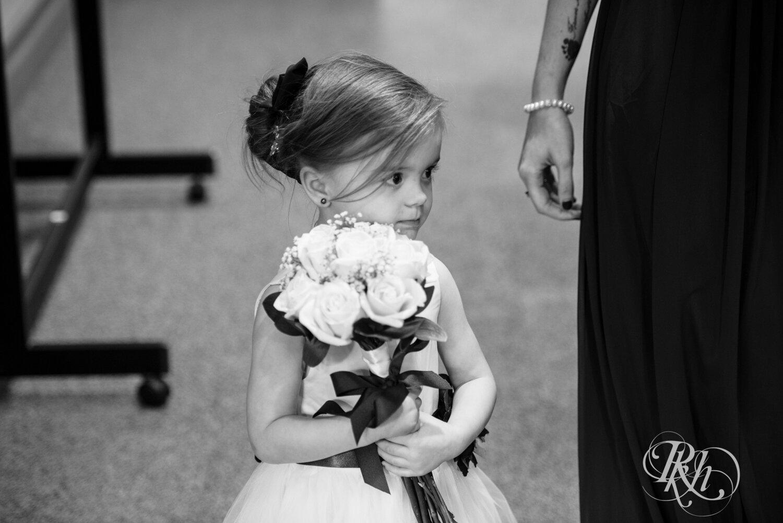 Erin & Tim - Minnesota Wedding Photography - Eagan Community Center - Eagan - RKH Images - Blog (37 of 62).jpg